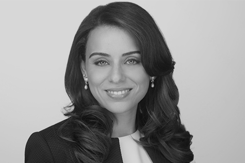 Dr. Nereen Moussa, Endodontist in Chicago, IL at Cameo Dental Specialists.